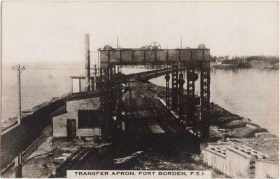 , Transfer Apron, Port Borden, P.E.I. (0625), PEI Postcards