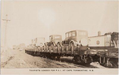 , Tourists Loaded for P.E.I. at Cape Tormentine, N.B. (0621), PEI Postcards