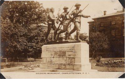 , Soldiers Monument, Charlottetown, P.E.I. (0144), PEI Postcards
