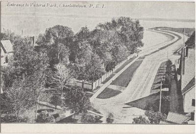 , Entrance to Victoria Park, Charlottetown, P.E.I. (0192), PEI Postcards