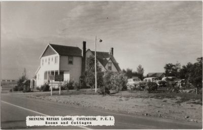 , Shining Waters Lodge, Cavendish, P.E.I. Rooms and Cottages (0899), PEI Postcards