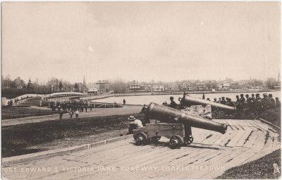 , Fort Edward & Victoria Park Roadway, Charlottetown (0943), PEI Postcards