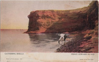 , Gathering Shells [Kildare] Prince Edward Island (1060), PEI Postcards