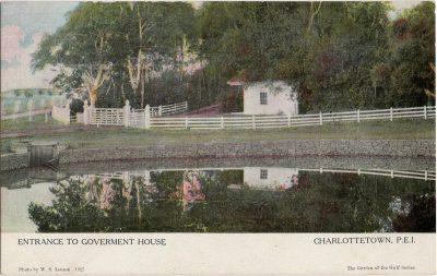 , Entrance to Goverment {sp} House Charlottetown, P.E.I. (1232), PEI Postcards