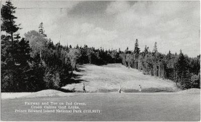 , Fairway and Tee on 2nd Green, Green Gables Golf Links, Prince Edward Island National Park. (1548), PEI Postcards