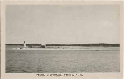 , Pictou Lighthouse, Pictou, N.S. (1985), PEI Postcards