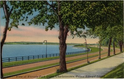 , View of Victoria Park Drive, Charlottetown, Prince Edward Island. (2095), PEI Postcards