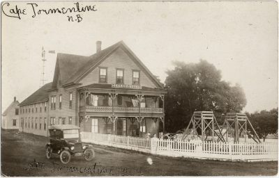 , Seaside Hotel, Cape Tormentine, N.B. (2127), PEI Postcards