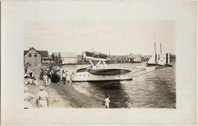 , Balbo flight – repairs in Victoria (2764), PEI Postcards