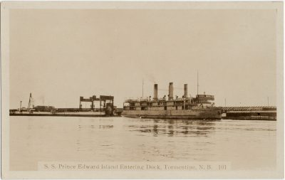 , S. S. Prince Edward Entering Dock, Tormentine, N.B. (2835), PEI Postcards