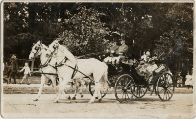 , {photograph of fancy couple in horse-drawn carriage} May be Duke of Connaught/Governor General of     Canada, who visited in Charlottetown in July 1912. (2961), PEI Postcards