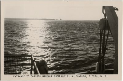 , Entrance to Caribou Harbour from M/V C.A. Dunning, Pictou, N.S. (3133), PEI Postcards