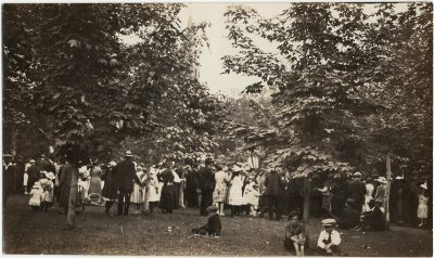, Dominion Day 1922, monument unveiling in Dominion Park, Summerside. (3267), PEI Postcards