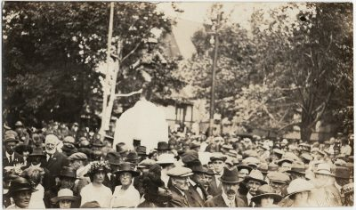 , Dominion Day 1922, monument unveiling in Dominion Park, Summerside. (3268), PEI Postcards